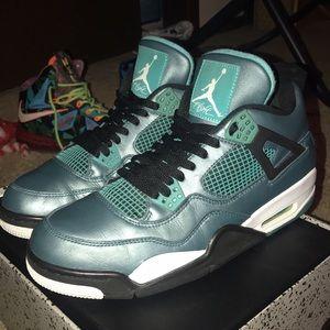 Jordan Shoes - Nike Jordan 30th Anniversary. Size 11. Like New!